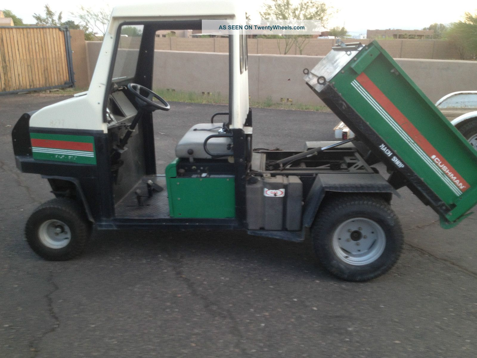 Jacobsen Cushman Turf Truckster W Dump Bed And Cab Works Great 27 Hp Dump Truck Utility Vehicles photo