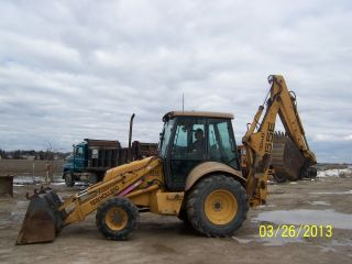 Ford Holland 555e Backhoe photo