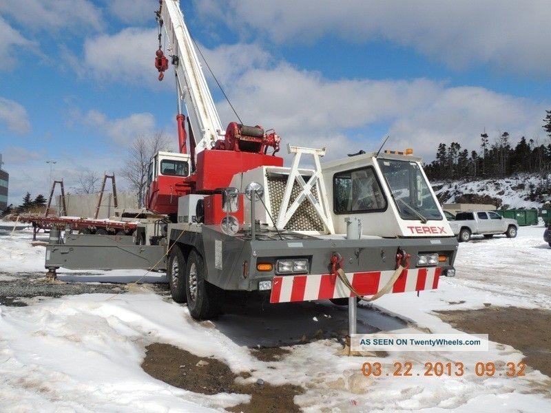 75 Ton Terex T750 Hydraulic Truck Crane.  Good Running Condition, Cranes photo