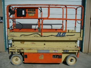 Jlg Aerial Man Scissor Lift Boom Personnel Work Platform Manlift Boomlift Fork photo