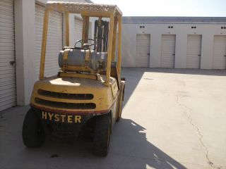 Hyster Forklift Challenger 60 photo