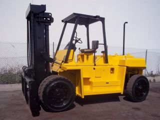 Mitsubishi Forklift 25,  000 Lb Capacity Diesel Side - Shifter Pnumatic photo
