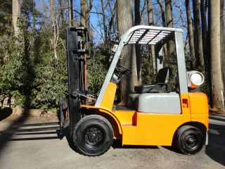 World Forklift 5,  000 Lbs Side Shift - Only 1300 Hours Fork Lift Truck - photo