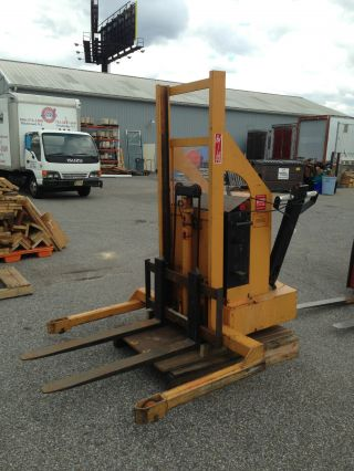 Rol - Lift Stacker 3,  000 Lbs Walk Behind Forklift Fork photo