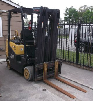 Daewoo Gc25e - 3 5,  000 Lb Lp Forklift Only $3,  500 photo