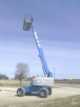 Genie S60 Boom Man Aerial Lift Boomlift Jlg Stick Cherry 600s 4x4 Knuckle photo