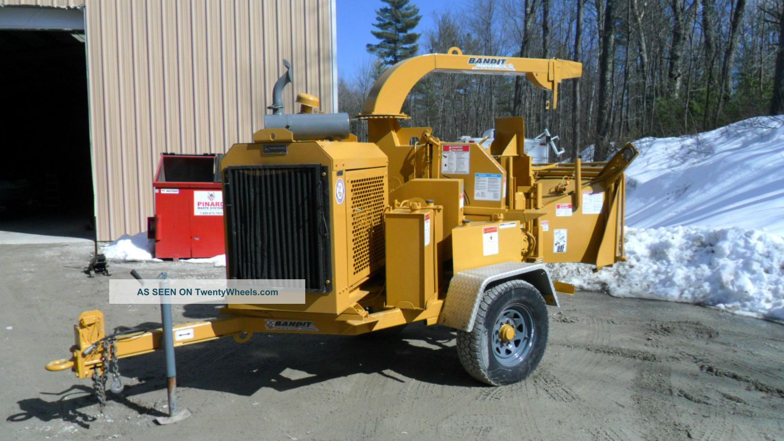 Bandit Wood Chipper Equipment photo