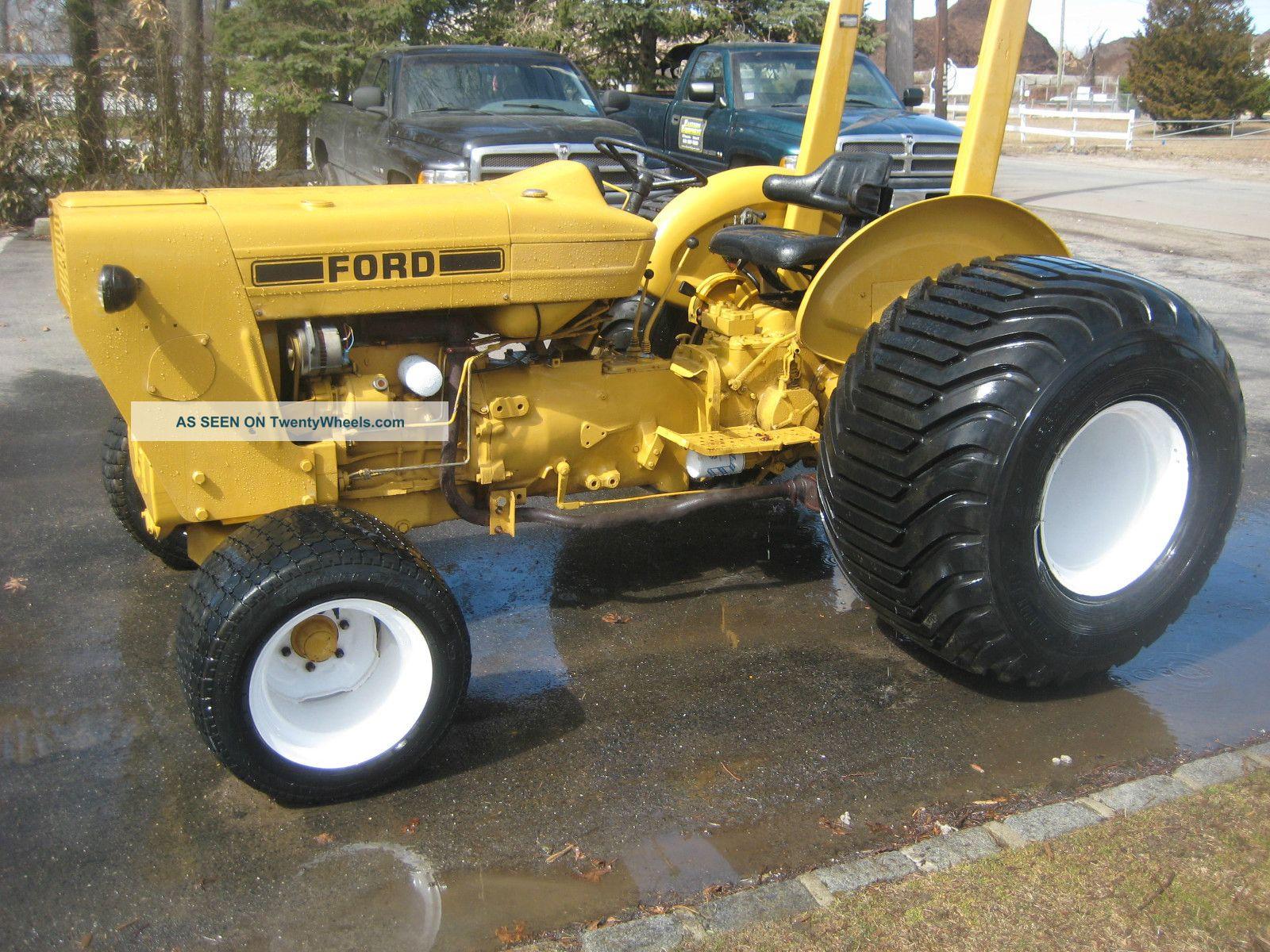 Ford Tractor,  3 Cylinder Diesel Backhoe Loaders photo