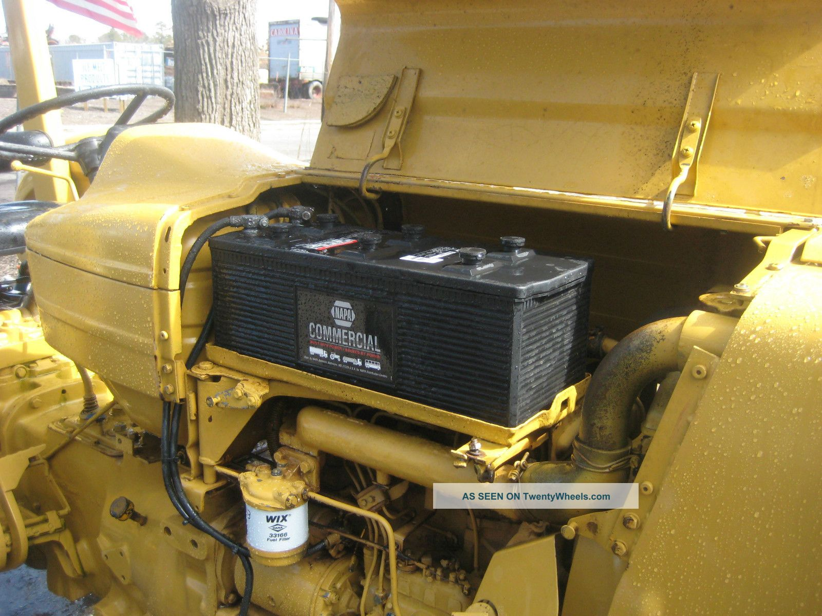 Ford 2000 Tractor 3 Cylinder : Ford cylinder diesel tractor