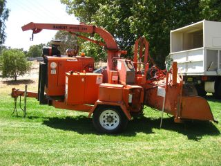 Wood Chipper / Mulcher photo