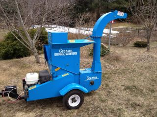 Goossen Csg - 1 Chipper Shredder,  Honda Powered, photo