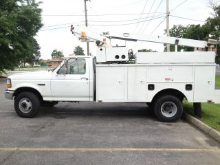 1997 Ford F450 photo