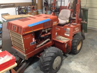 2003 3700dd Ditch Witch Trencher photo