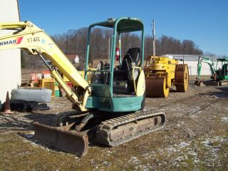 2004 Yanmar Vio35 - 2 Mini Excavator 2500 Hours photo