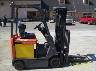 2006 Toyota 3500 Lbs.  Electric Forklift 524 photo