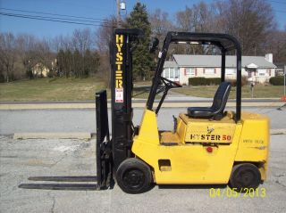 1986 Hyster 5000 Lb.  Lift 527 photo