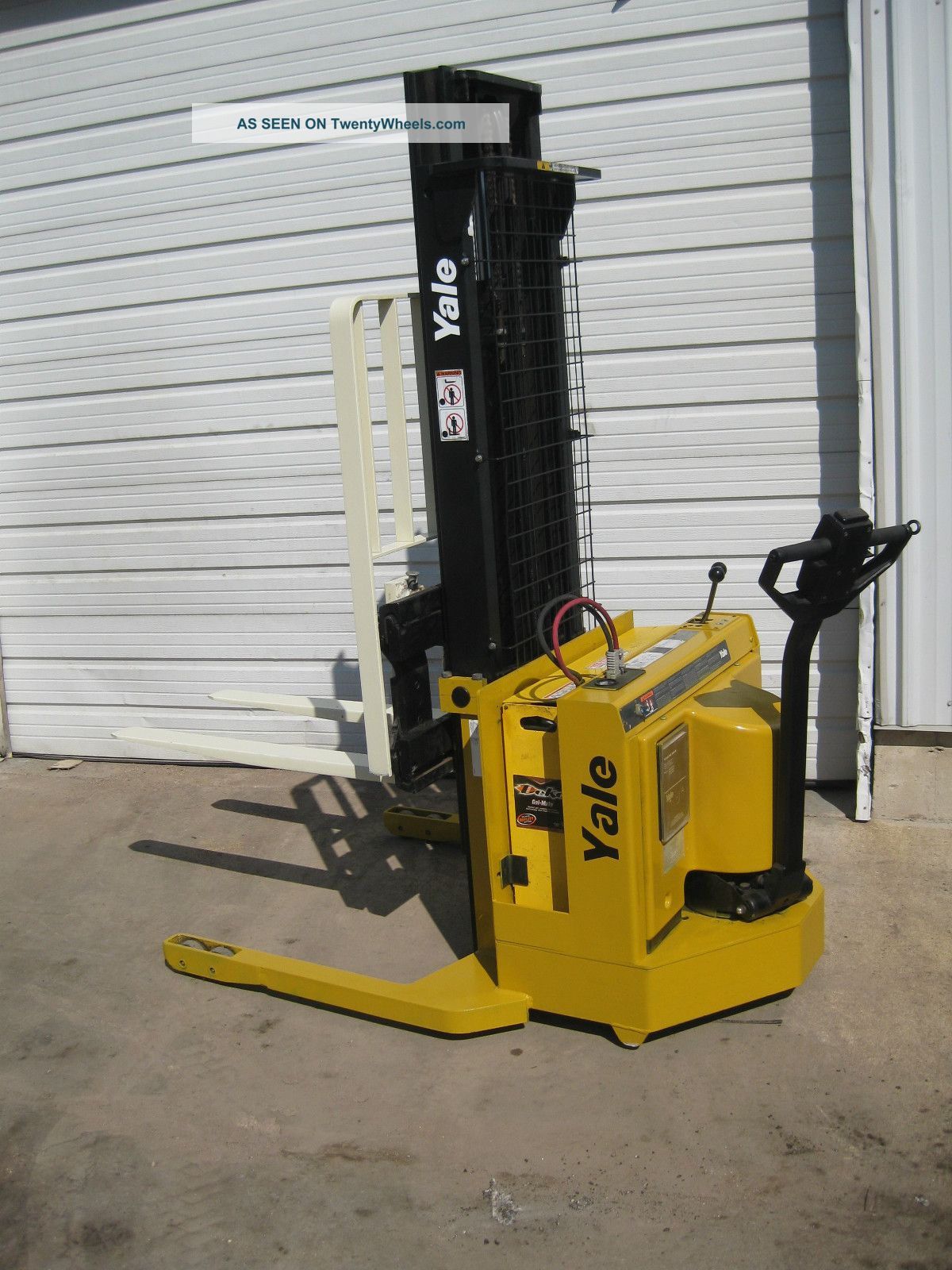 Yale Msw 030 Electric Walkie Stacker Forklift W 2010