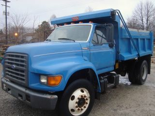 1997 Ford F - 750 photo