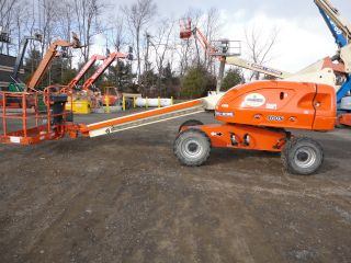 Jlg 400s Dual Fuel 4x4 40 ' Boom Lift photo