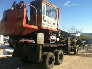 2001 Hood 24000 Log Loader Scrap Handler photo