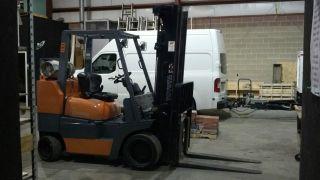 Toyota Forklift 8000lb Triple Mast Propane Lik 6000 5000 Hyster Cat Yale Komatsu photo