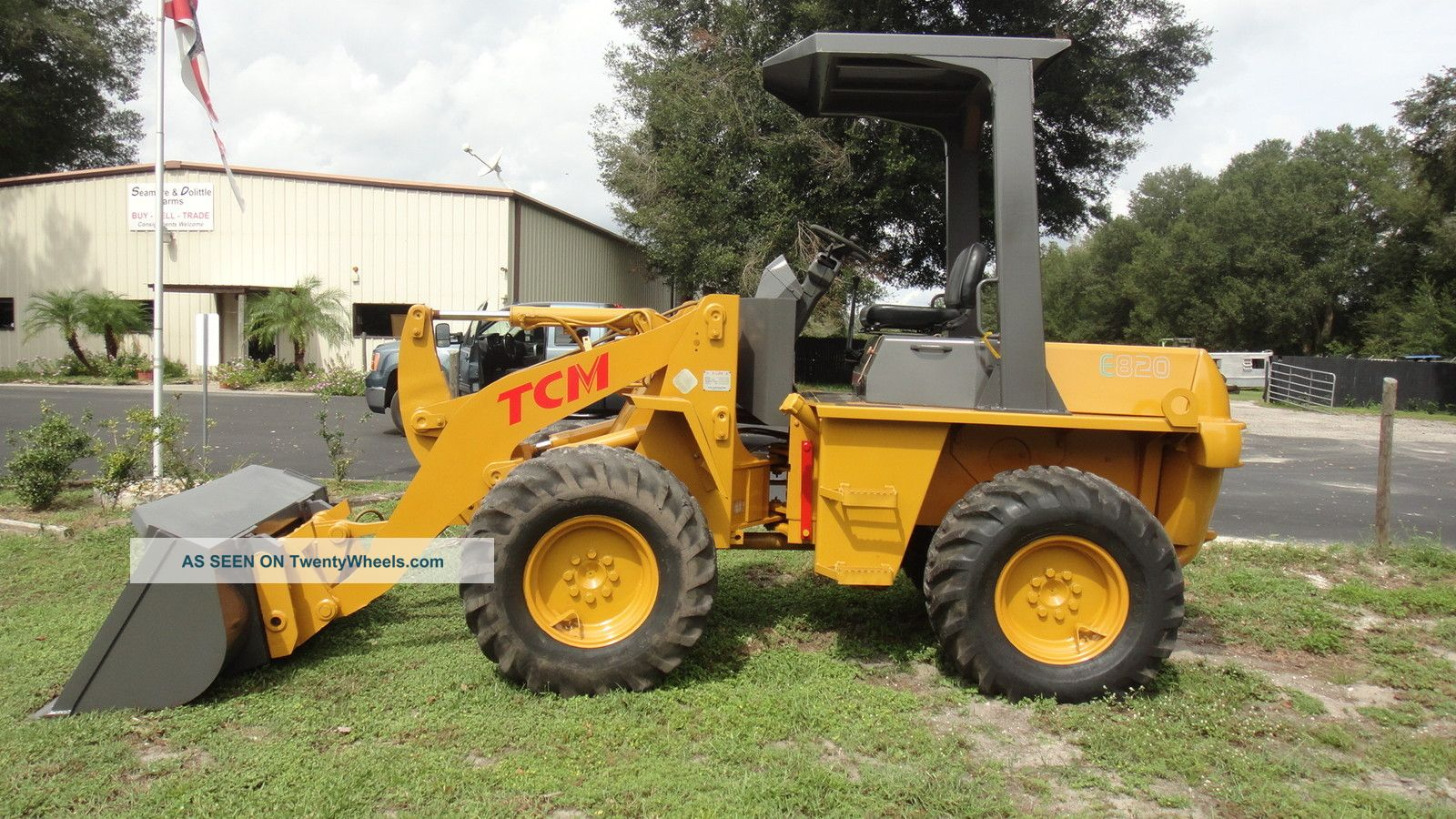 Tcm E820 4x4 Laoder,  Bucket Forks Rake,  Low Hr Wheel Loaders photo