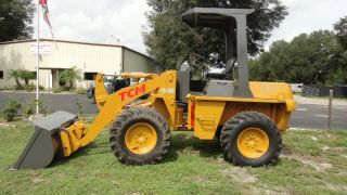 Tcm E820 4x4 Laoder,  Bucket Forks Rake,  Low Hr photo