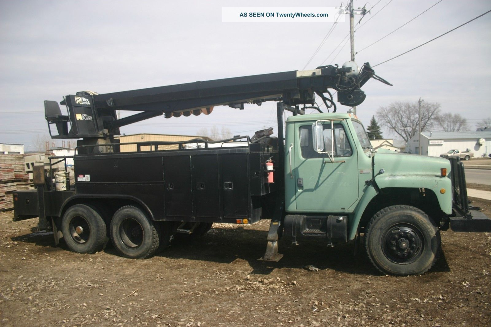 Crane Digger Truck 1980 Truck 1990s Altec Digger Cranes photo