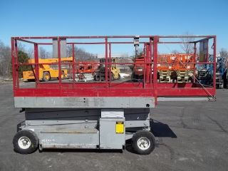 Look 31 ' Mec Battery - Powered Scissorlift Jlg Genie Skyjack photo