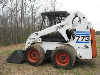 Bobcat 773 Only 400hrs S175 Rubber Tire Skidsteer Loader Bucket Keyless photo