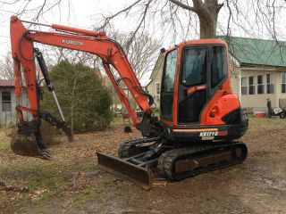 2003 Kubota Kx 121 - 3 Series,  With Full Enclosed Cab,  A/c & Heat W/ Thumb photo