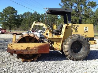 1994 Caterpillar Cp - 563 Padfoot Vibratory Roller photo