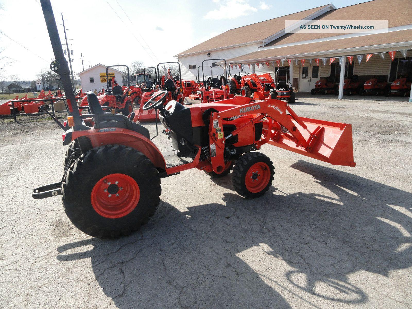 L3400 Kubota Tractor W Loader : Kubota b hsd tractor series w loader