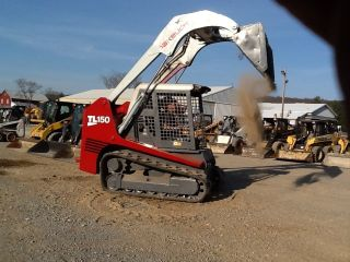 Takeuchi Tl150 Multi Terrian Track Loader Skid Loader Rubber Track Bob Cat photo
