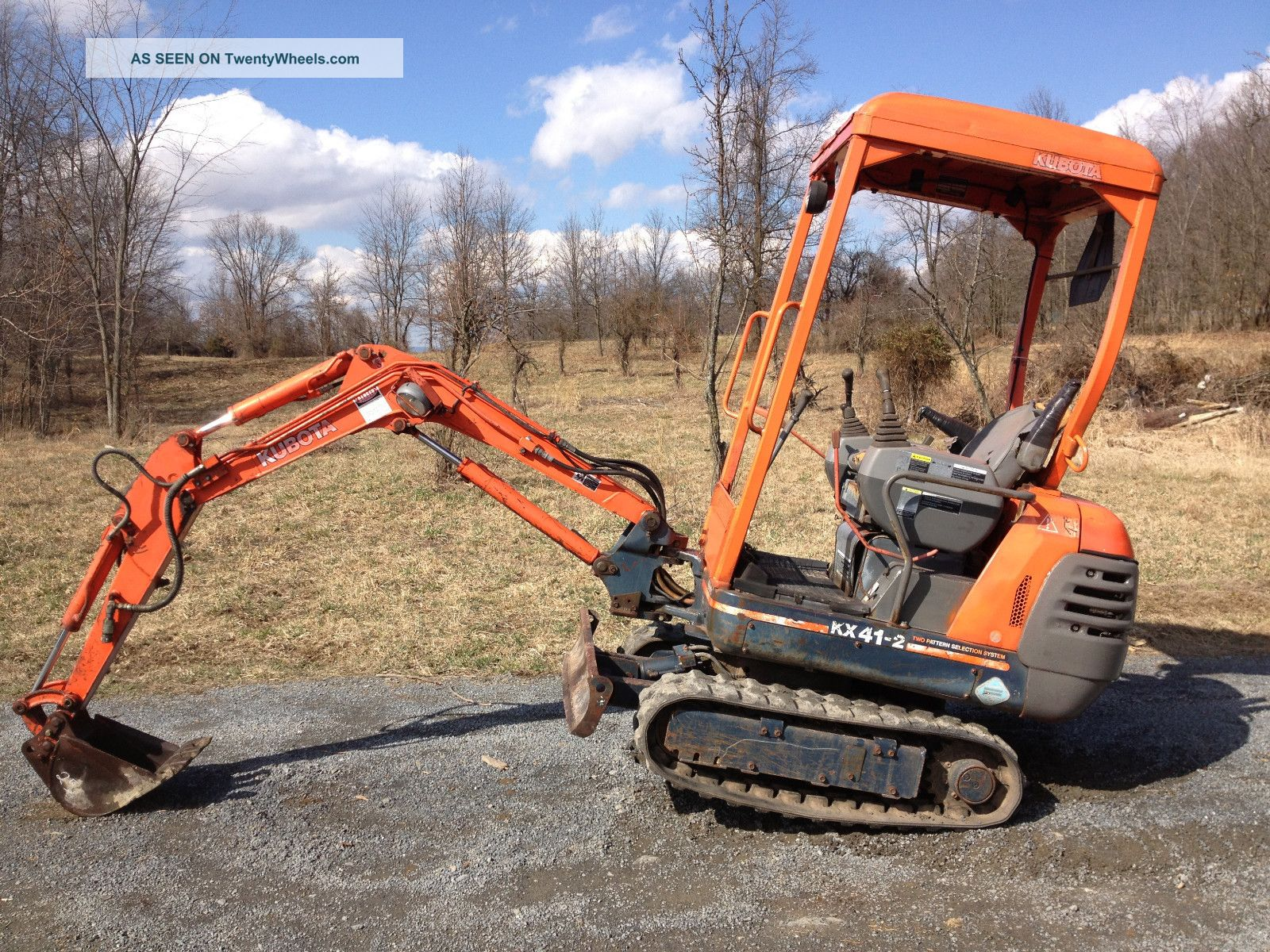 Kubota Kx41 - 2 Mini Excavator Rubber Track Backhoe / Trencher Excavators photo