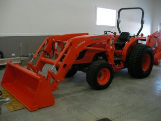 Kubota Mx - 5100 4x4 Hst With A Bh - 92 Backhoe Only 3 Hours photo