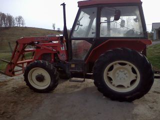 3340 Zetor Tractor 4x4 40hp With Loader photo