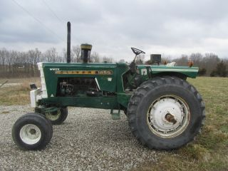 Oliver 1855 Diesel Tractor With Radialtires photo