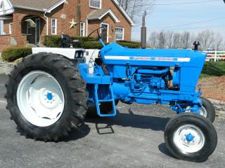 Ford 5000 Tractor - Diesel - Sharp photo