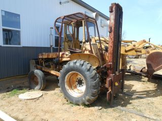Case International Rough Terrain Industrial Tractor Forklift photo
