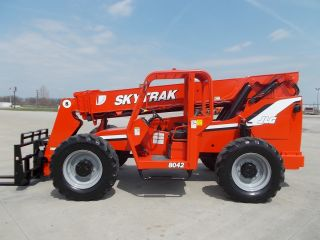 2005 Skytrak 8042 Telescopic Telehandler Forklift Lift 8000lb Capacity W/rotator photo