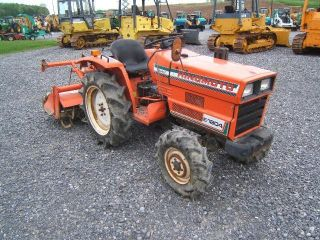 Hinomoto E1804 Tractor photo