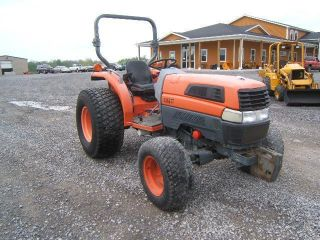 Kubota L5030d Tractor photo