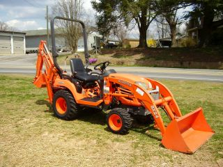 Kubota Bx 24 4 X 4 Loader Backhoe Tractor photo