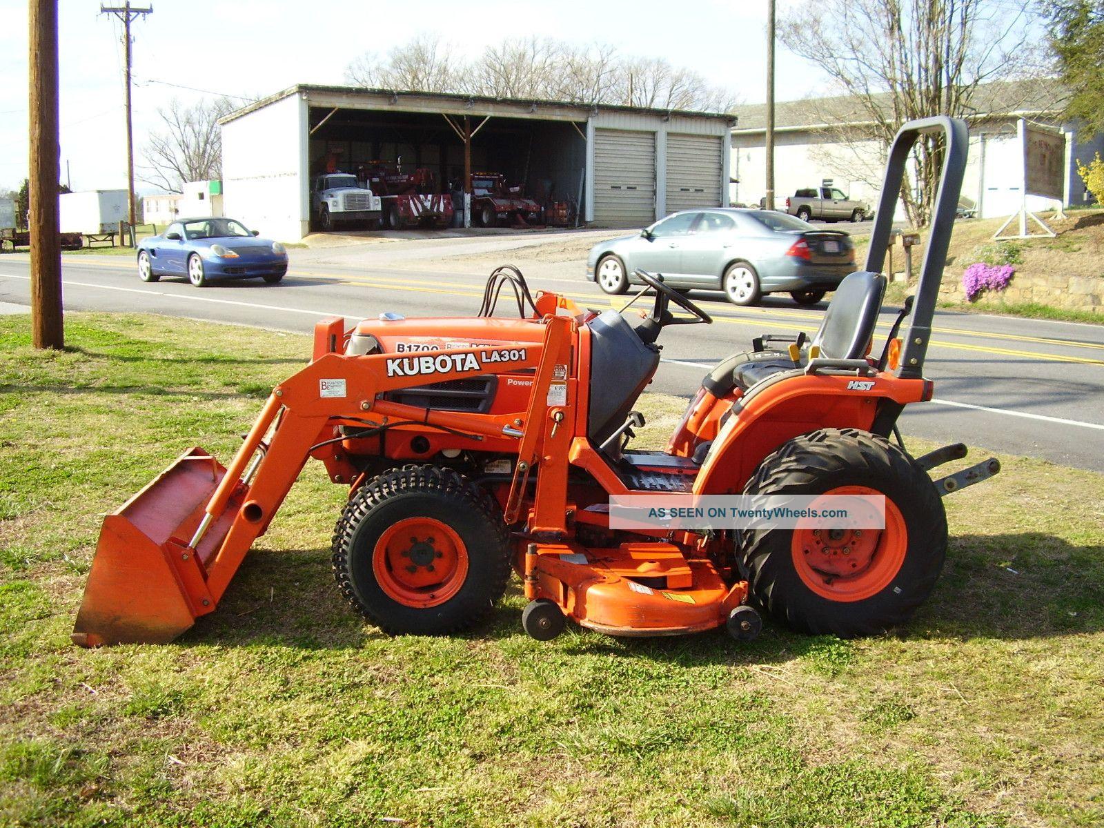 Kubota B 1700 4 X 4 Loader Mower Tractor Tractors photo