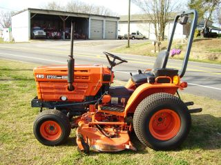 Kubota B 7200 Hst 4 X 4 Mower Tractor photo