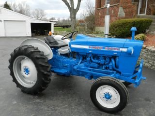 Ford 2000 Tractor - Gas - 1826 Hours - photo