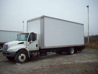 2007 International 4300 Dry Box/van photo