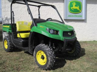 John Deere Xuv 550 Gator Utility Vehicle Standard photo