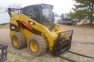 2013 Caterpillar 262c2 photo